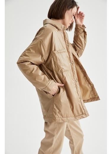 DeFacto Oversize Gömlek Yaka Yağmurluk Bej